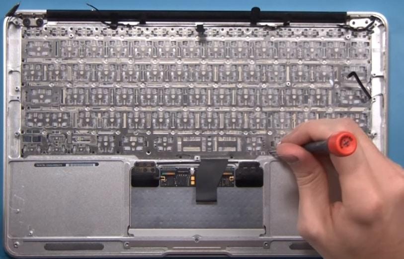 Как сдать в ремонт Macbook